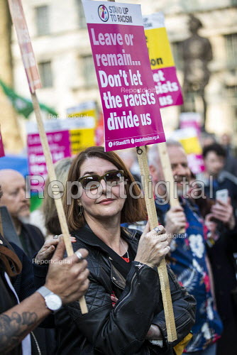 Stand up to Racism protest against Tommy Robinson as Brexiteers protest on the day the UK was meant to leave the EU, Westminster, London. - Jess Hurd - 2019-03-29