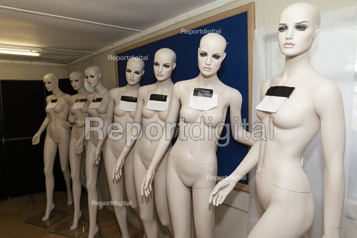 Dollywood mannequin recycling centre. Mannakin refurbishes the mannequins for hire and resale so they do not go to landfill as waste, nr Grantham. The centre has around 10,000 dummies - John Harris - 2019-06-20