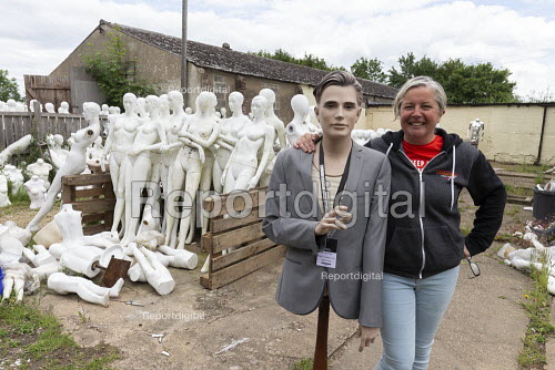Roz Edwards of Mannakin. Dollywood mannequin recycling centre. Mannakin refurbishes the mannequins for hire and resale so they do not go to landfill as waste, nr Grantham. The centre has around 10,000 dummies - John Harris - 2019-06-20