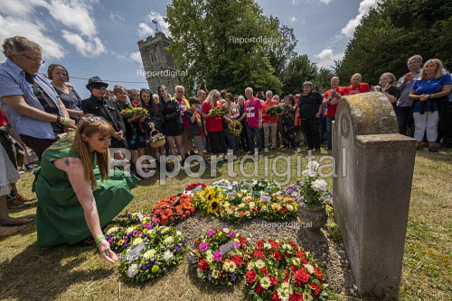 Angela Rayner MP wreath laying, Tolpuddle Martyrs Festival, Dorset. - Jess Hurd - 2019-07-21