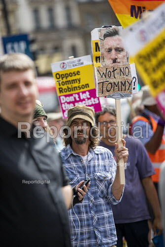 Stand Up to Racism mobilising against Free Tommy Robinson protest, BBC Portland Place, London. - Jess Hurd - 2019-08-03