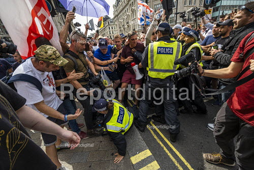 Scuffles with the police,police,policing Free Tommy Robinson protesting at the BBC Portland Place, London. - Jess Hurd - 2019-08-03