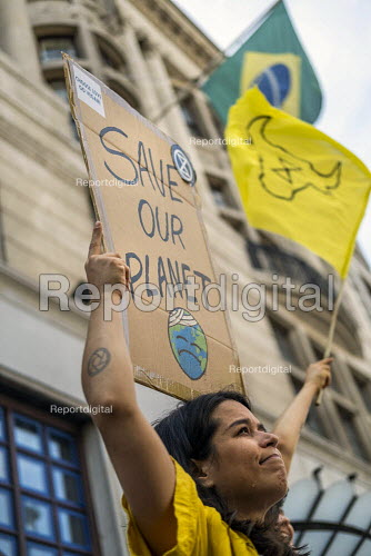 Extinction Rebellion protest against the fire destruction of the Amazon rainforest, Brazilian Embassy, London - Jess Hurd - 2019-08-23
