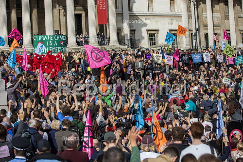 Asad Rehman, War on Want speaking Extinction Rebellion climate activists defy the police ban on London protest. Save our Planet: Save our right to peaceful protest. Trafalgar Square. - Jess Hurd - 2019-10-16
