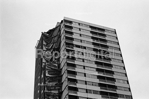 Ronan Point tower block collapse Canning Town, Newham, London 1968. Council tower block collapsed after a gas explosion blew out some load-bearing walls, causing the collapse of one entire corner of the building, which killed four people and injured 17. The building was assembled from prefabricated concrete sections - industralised housing by Talor Woodrow-Anglian Ltd - NLA - 1968-05-16