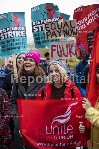 UNITE solidarity for Queen Mary University of London UCU USS Pension strike picket line, Tower Hamlets, East London. - Jess Hurd - 2019-11-27