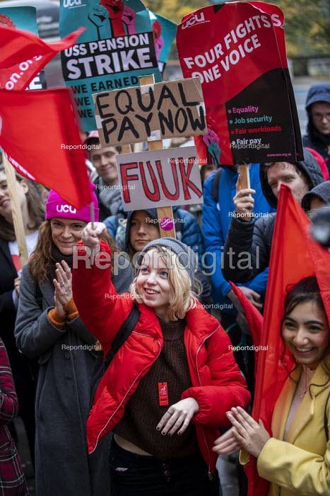 UNITE solidarity for Queen Mary University of London UCU USS Pension strike picket line, Tower Hamlets, East London. - Jess Hurd - 2019-11-27