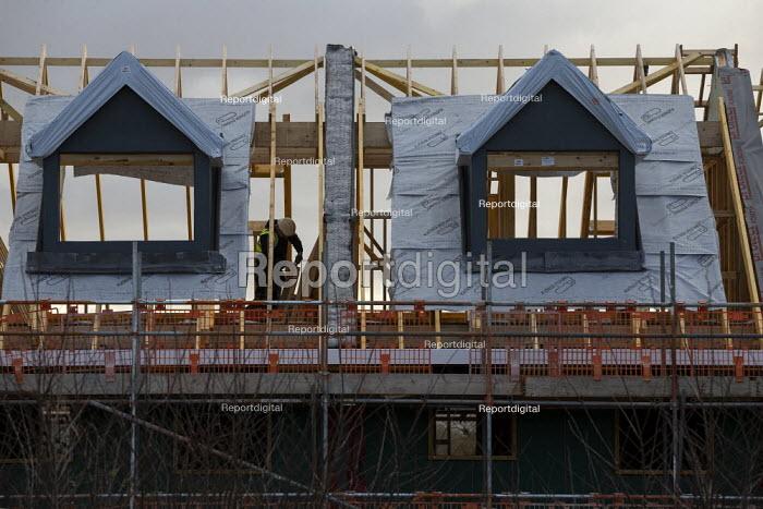 New houses under construction, Ashchurch, Gloucestershire. Lindin Homes - John Harris - 2019-12-09
