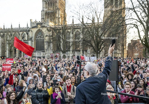 Jeremy Corbyn speaking Labour Party Election Campaign Rally Bristol - Paul Box - 2019-12-09