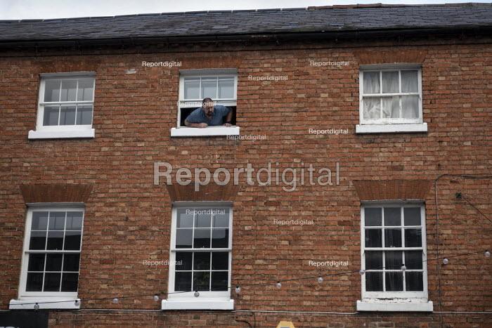 Man shouting from the top window, Stratford upon Avon, Warwickshire - John Harris - 2020-01-09