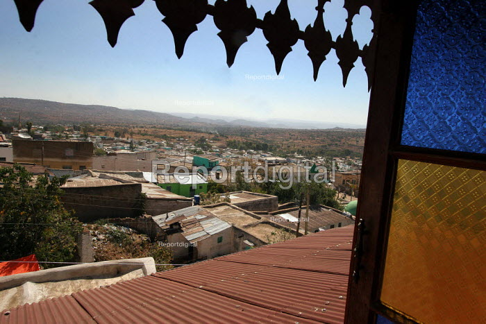 General view of the the city of Harar, Ethiopia - Boris Heger - 2006-02-06