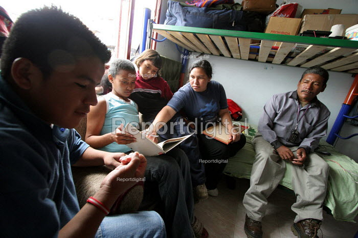 A newly arrived family in a displaced people center run by a charity in Los Altos de Cazuca, one of the worst slums in the capital city Bogota, Colombia, January 2006. There are an estimated 3 million people displaced by conflict with guerrilla groups. - Boris Heger - 2006-08-30