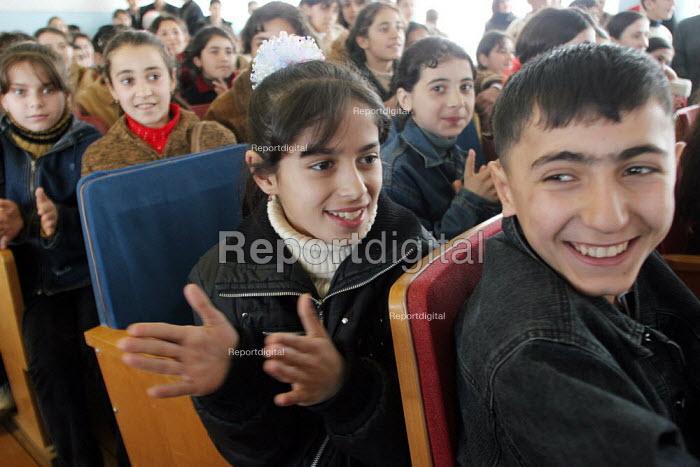 School performance, Khachmaz, Azerbaidjan, March 2005. - Boris Heger - 2005-03-15