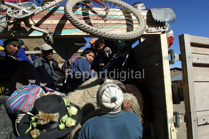 Local transport, Toccasquesera, in the region of Ayacucho, Peru, September 2004. - Boris Heger - 2004-08-29