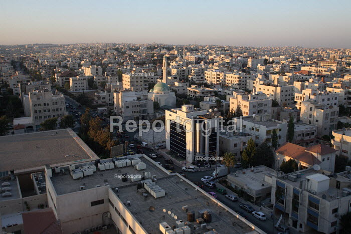 General view of the capital city from the roof restaurant of the Crowne Plaza Hotel, Amman, Jordan, August 2007. - Morris Bernard - 2007-08-22