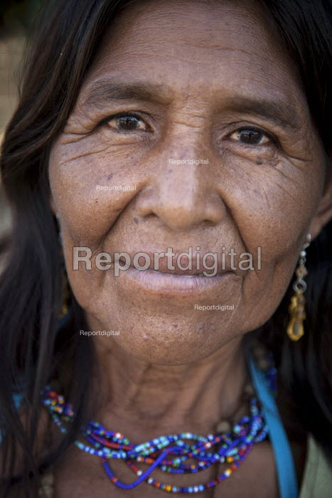 An internally displaced indigenous woman living in San Jose del Guaviare, Colombia. - Boris Heger - 2011-01-20