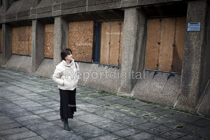 Derilict office buildings, Barnsley town centre. - Connor Matheson - 2013-01-08