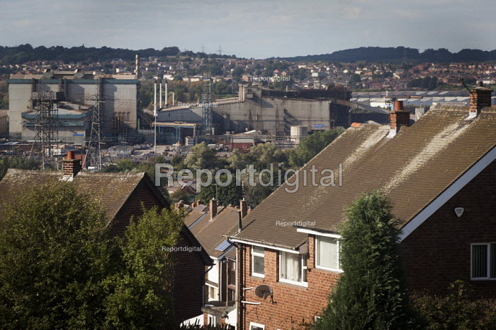 A view of typical housing and the Tata steelworks, Dalton Rotherham , South Yorkshire. - Connor Matheson - 2014-09-07