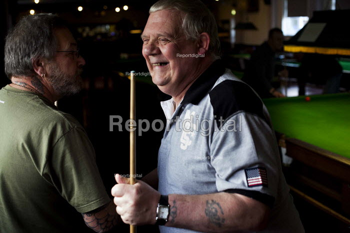 Retired steelworkers playing snooker in the Redbourne social club owned by Tata Steelworks. Scunthorpe, North Lincolnshire. - Connor Matheson - 2014-10-29