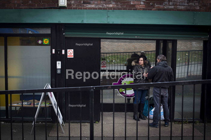 Clients waiting outside the Addaction Centre where Barnsley Churches Drop-In Project is based, Barnsley Town Centre. - Connor Matheson - 2015-02-02