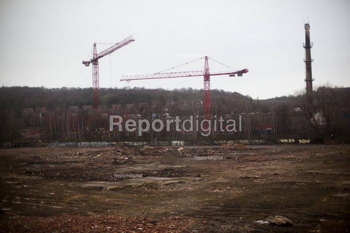 Crane rental by wasteland. Sheffield. - Connor Matheson - 2015-02-16
