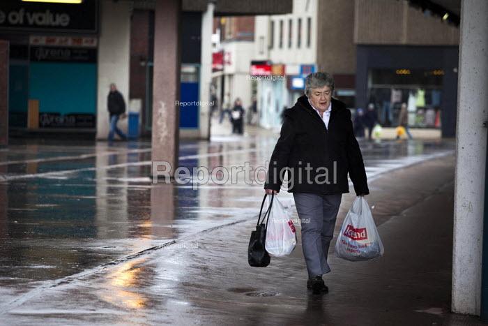 Pedestrians walking through Barnsley Centre. - Connor Matheson - 2015-02-16