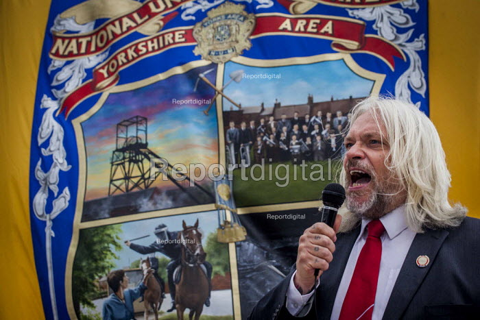 Tosh McDonald ASLEF speaking to Campaigners and supporters rally to mark the 31st anniversary of the battle of Orgreave which took place during the miners strike. Activists and victims are demanding a public enquiry into the abuse of police powers that took place. The IPCC recently said they would not be investigating the battle of Orgreave. Orgreave, Sheffield. - Connor Matheson - 2015-06-18