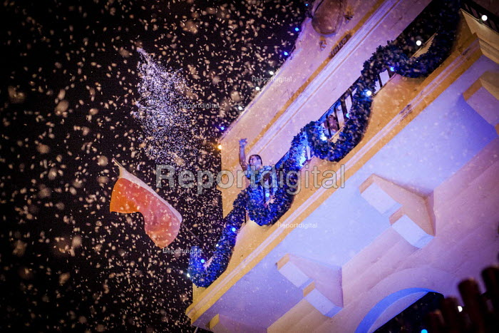The Feast of Our Lady of Sorrows St. Pauls Bay Malta locals throwing confetti from their balcony - Connor Matheson - 2015-07-24