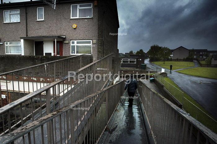 Housing estate Gamesley, Derbyshire. - Christopher Thomond - 2003-05-16