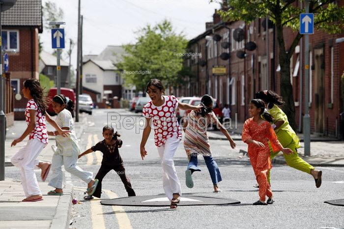 The streets around Fishwick Parade in Preston - Christopher Thomond - 2006-07-23