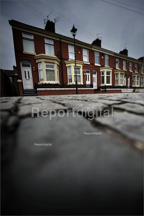 Houses in Kensington, Liverpool. - Christopher Thomond - 2008-07-31