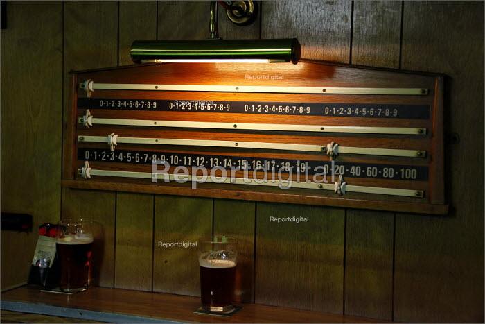 Snooker score board. Cleveleys Working Men's Club, Lancashire. - Christopher Thomond - 2009-05-15