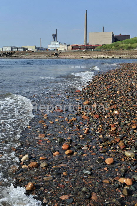 Sellafield Nuclear power station and Thorp nuclear reprocessing plant in West Cumbria. - Christopher Thomond - 2009-05-29