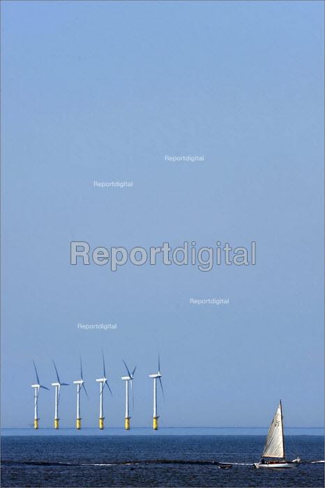 North Hoyle offshore windfarm near Prestatyn, in North Wales. - Christopher Thomond - 2009-06-24