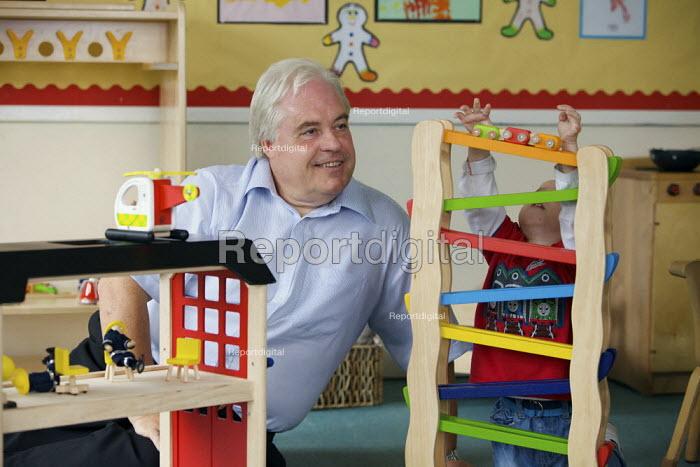 Headteacher at Greenside Primary School and Children's Centre in Droylsden. - Christopher Thomond - 2009-07-17