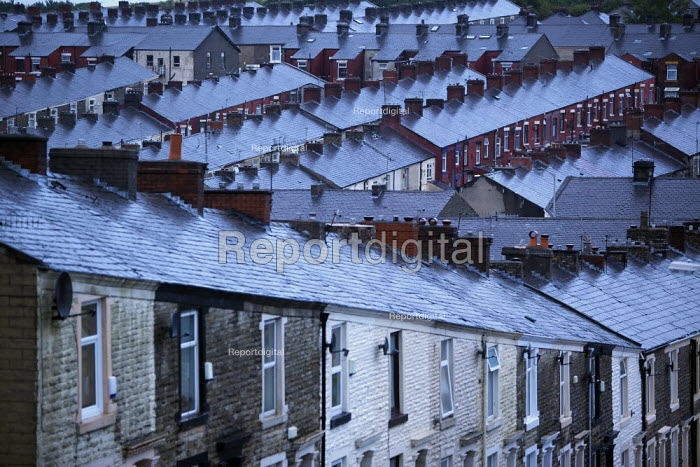 Terraced houses in Darwen, Lancashire. - Christopher Thomond - 2009-07-28