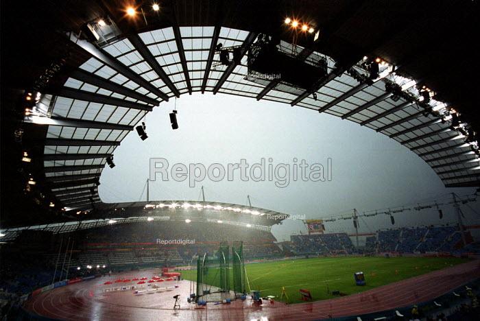 Commonwealth Games Stadium Manchester in the Rain. - Duncan Phillips - 2002-07-30