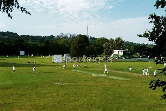 Cricket Match at a private Cricket Club - Duncan Phillips - 2002-10-09