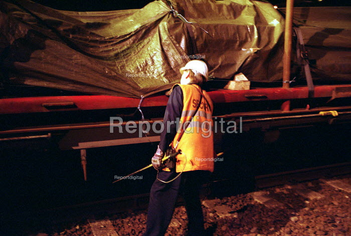 Railway security checking for hidden Immigrants aboard Freight containers using a CO2 detector at EWS freight Depot outside the Channel Tunnel Kent. - Duncan Phillips - 2001-05-27