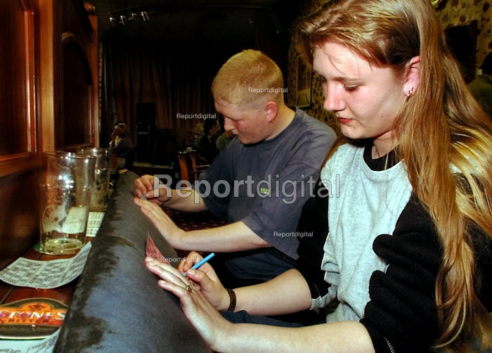 Bingo at Dial House Social Club, Sheffield - David Bocking - 2001-04-01
