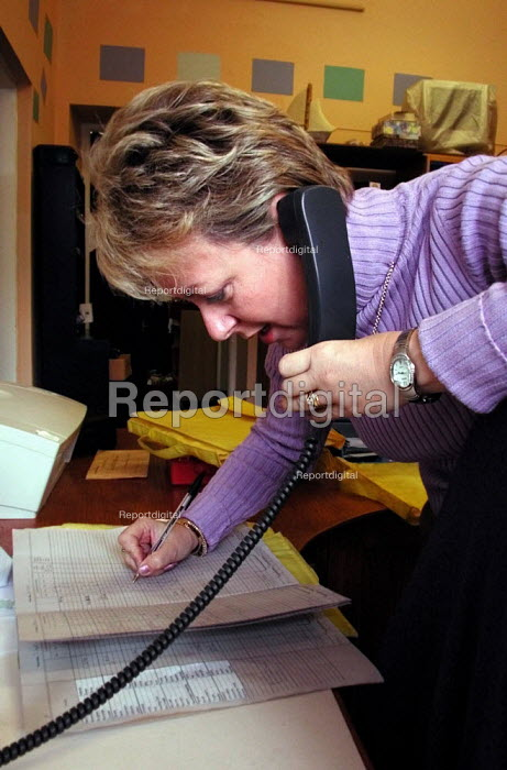 School administrator at work in her office in a Sheffield primary school - David Bocking - 2001-11-28