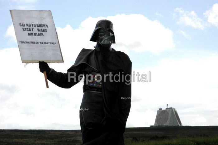CND anti Star Wars demonstration at Fylingdales RAF base on 15th June 2002 - David Bocking - 2002-06-15