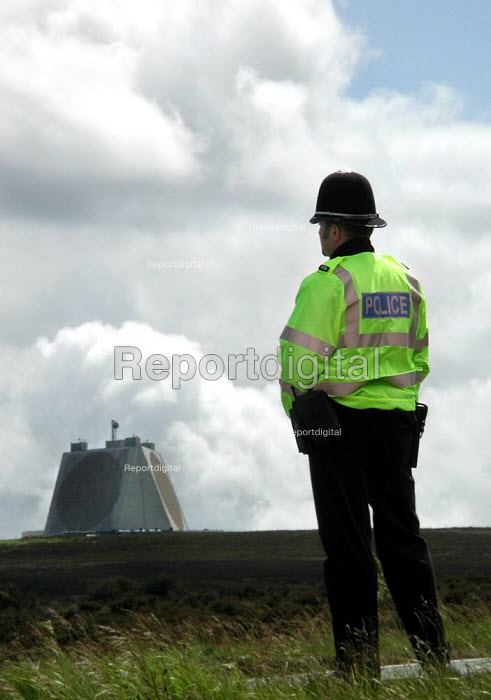 Police on duty in front of the radar building at the CND anti Star Wars demonstration at Fylingdales RAF base on 15th June 2002 - David Bocking - 2002-06-15