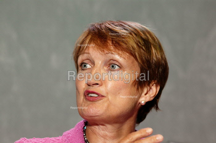 Tessa Jowell MP Labour speaking at the TUC confence 2005. - David Mansell - 2005-09-12