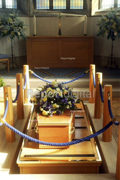A coffin inside the chapel of rest at a funeral service, at the local authority crematorium in Bournemouth. - David Mansell - 2008-10-09