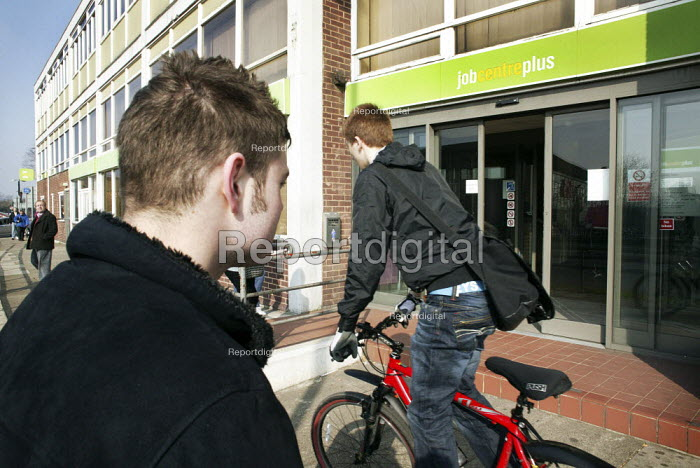 Unemployed young men outside the Job Centre Plus building in Chesterfield, Derbyshire. - David Mansell - 2009-03-20