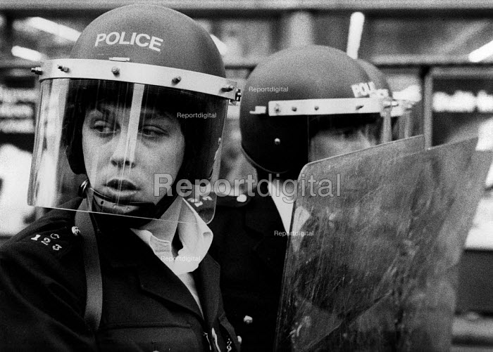 Riot police Brixton 1981 after Operation Swamp 81, London - David Mansell - 1981-04-11