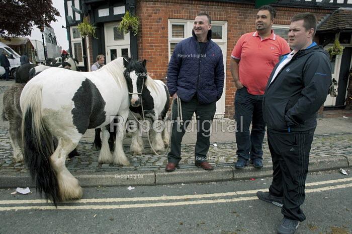 Annual Horse Fair, Wickham, Hampshire, Tom Dooly, John Jeffries and Miniature Gypsy Cobs - David Mansell - 2012-05-21