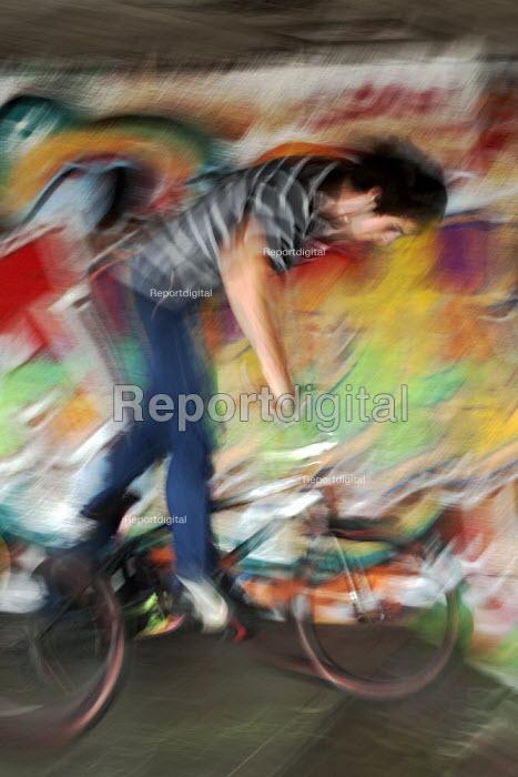 Blurred Mountainbike rider, Southbank Undercroft, London - David Mansell - 2012-06-02