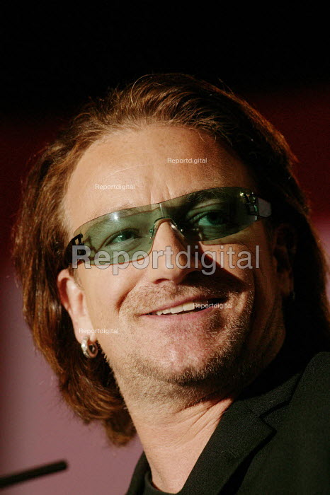 Bono lead singer from the Irish rock group U2 speaking at the Labour Party Conference Brighton 2004 - David Mansell - 2004-09-29